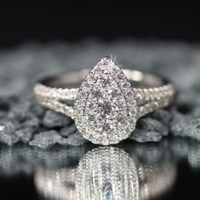 hoe groot diamant verlovingsring